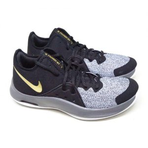 NIKE AIR VERSITILE III – BLACK METALIC/GOLD/DARK GREY