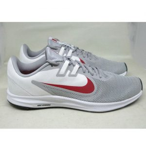 NIKE DOWNSHIFTER 9 – WOLF GREY/UNIVERSITY RED
