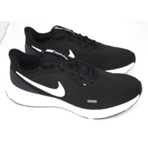 NIKE REVOLUTION 5 – BLACK/WHITE/ANTHRACITE