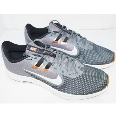 NIKE DOWNSHIFTER 9 – SMOKE GREY/PHOTON DUST